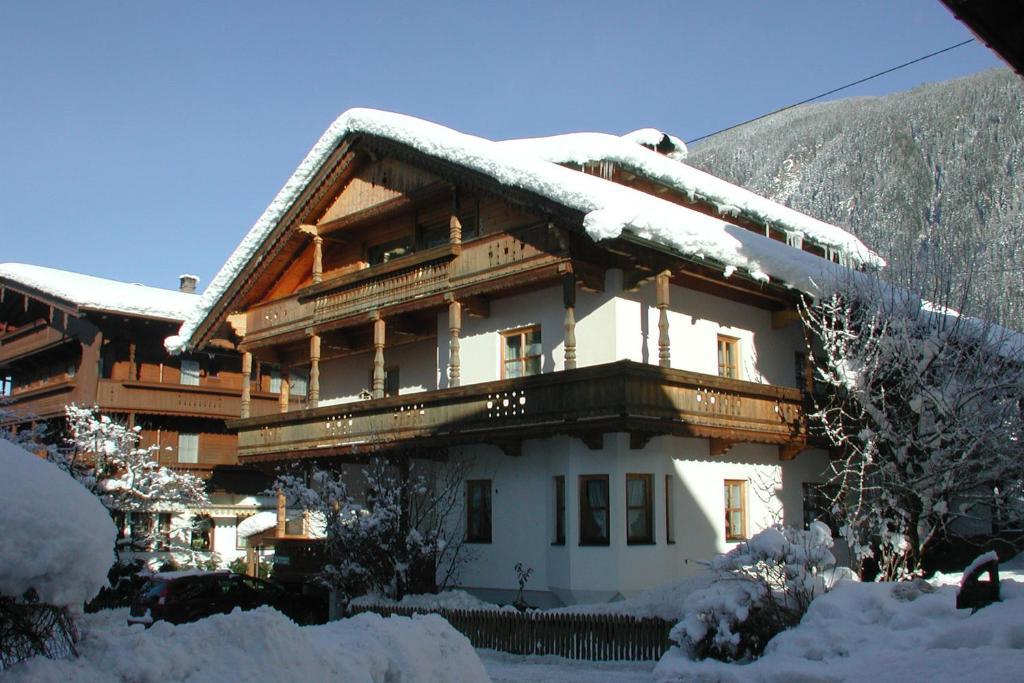 Haus Gaisberger during the winter