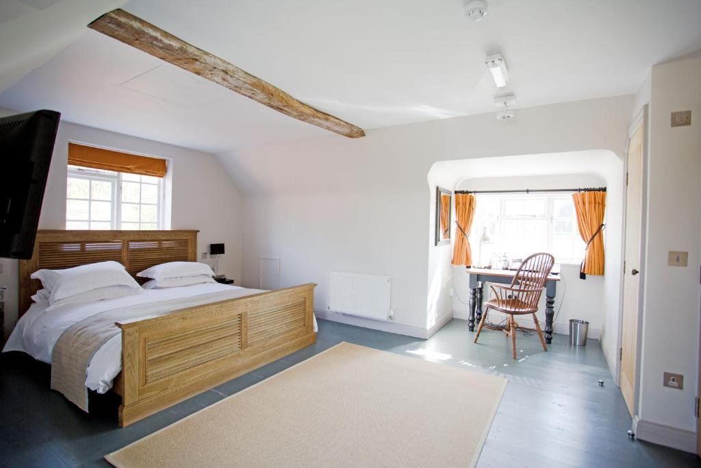 A room at The Old House Inn.