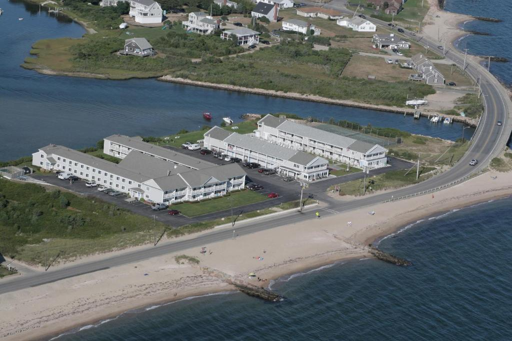 A bird's-eye view of InnSeason Resorts Surfside