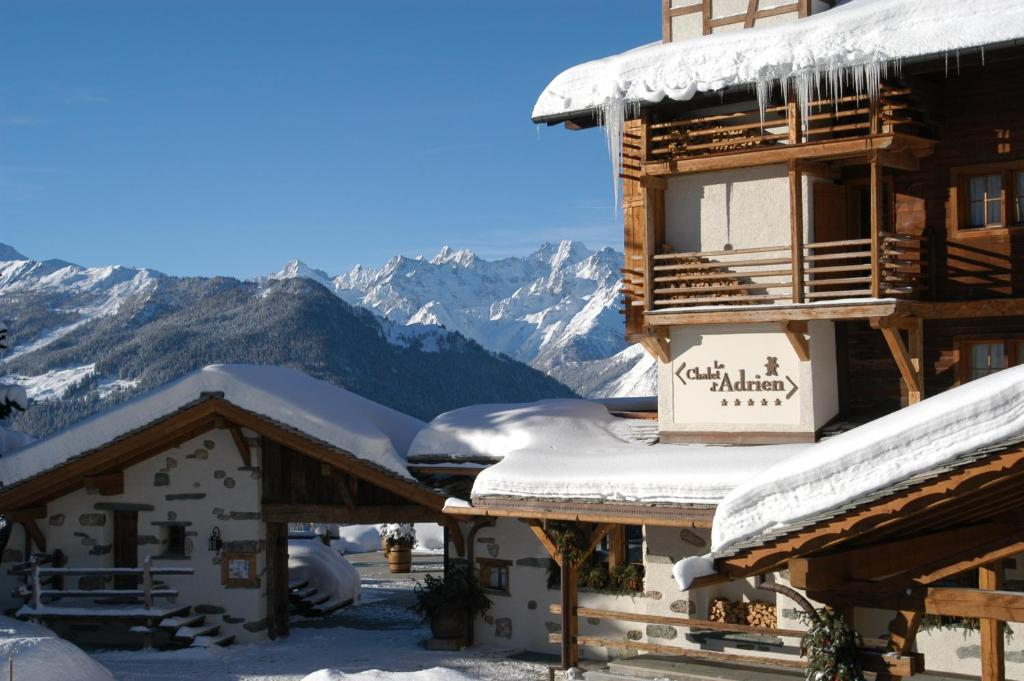 Chalet d'Adrien during the winter