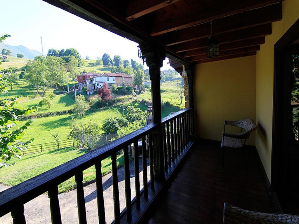 Apartamentos La Corona, Llames de Parres – Precios ...