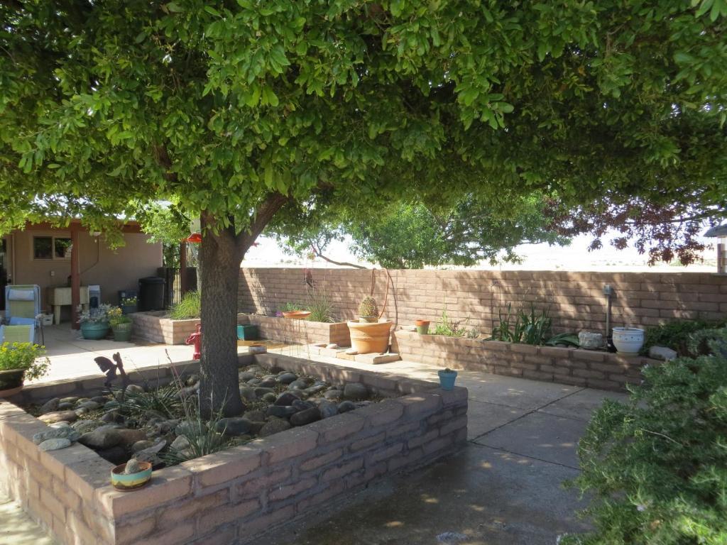 Rancho Milagro Bed & Breakfast