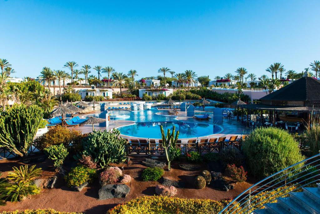A view of the pool at HL Club Playa Blanca or nearby