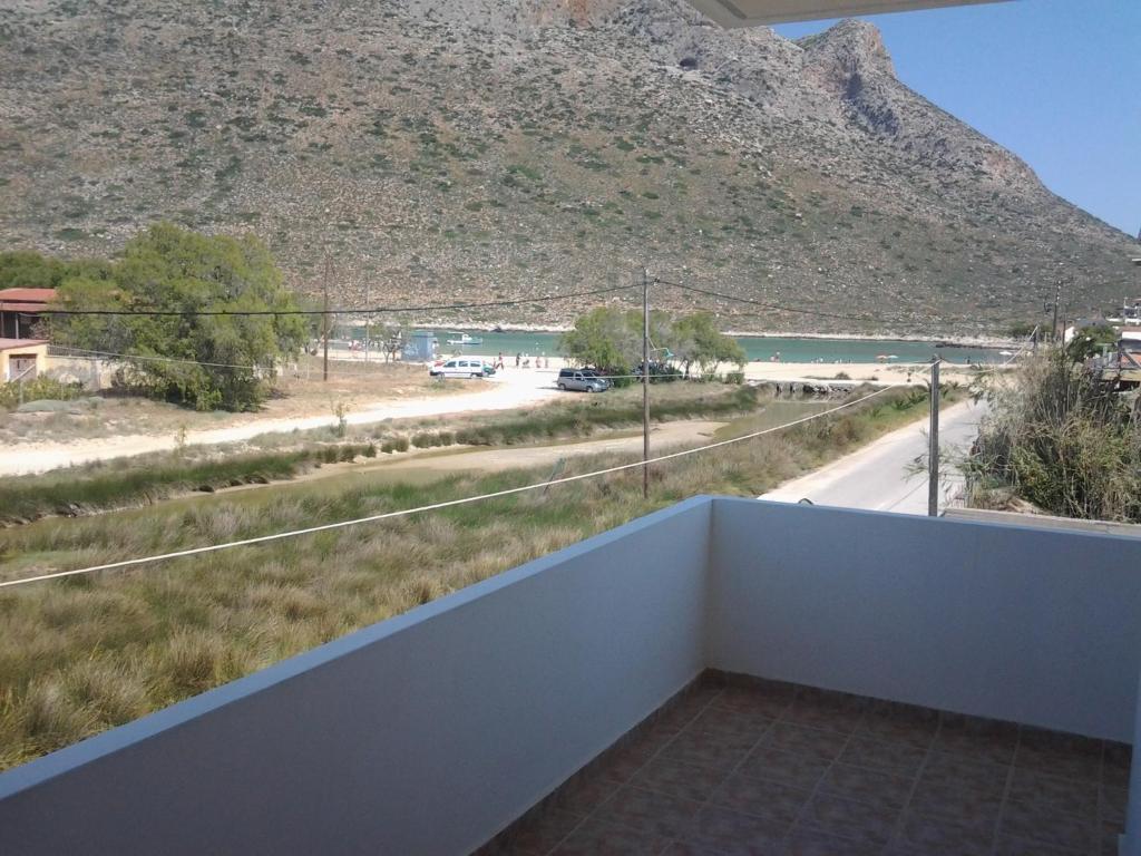 A balcony or terrace at Cathrin Beach Apartments