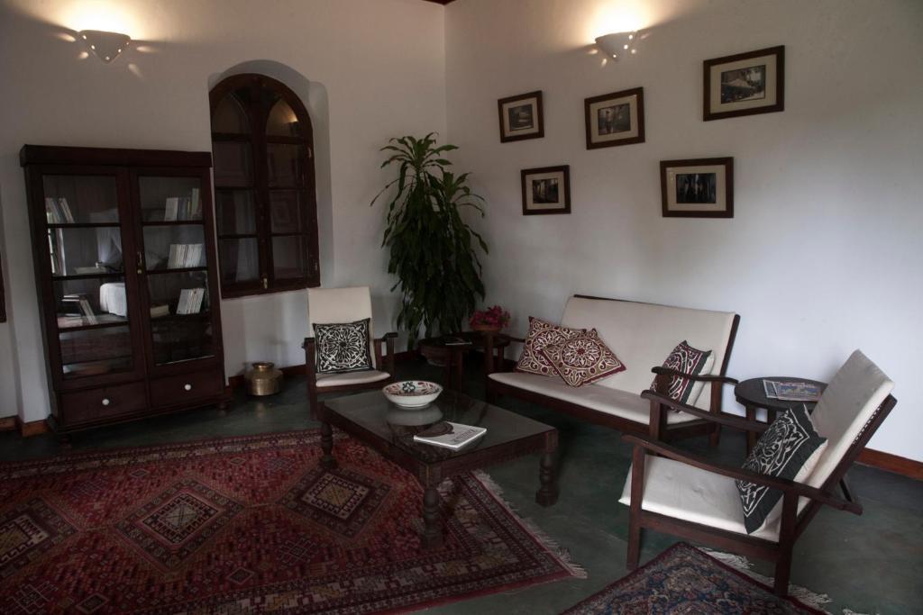 Гостиная зона в Hiliki House