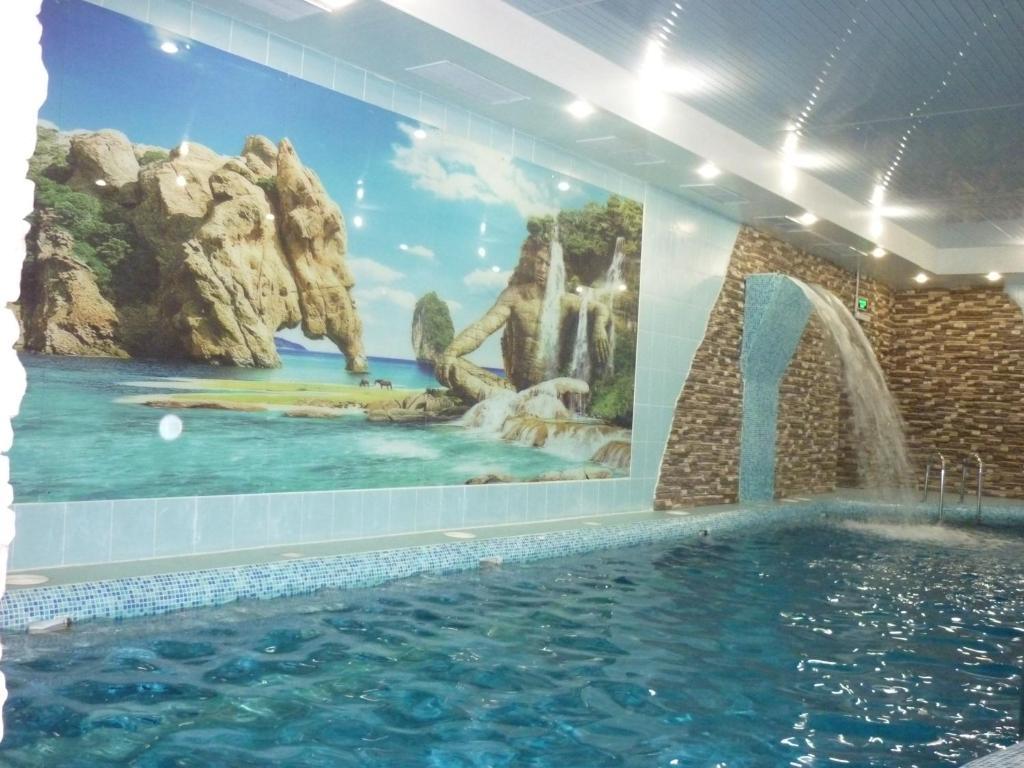Бассейн в Райская Лагуна Омск или поблизости
