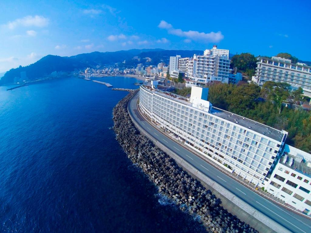 A bird's-eye view of Hotel Resorpia Atami