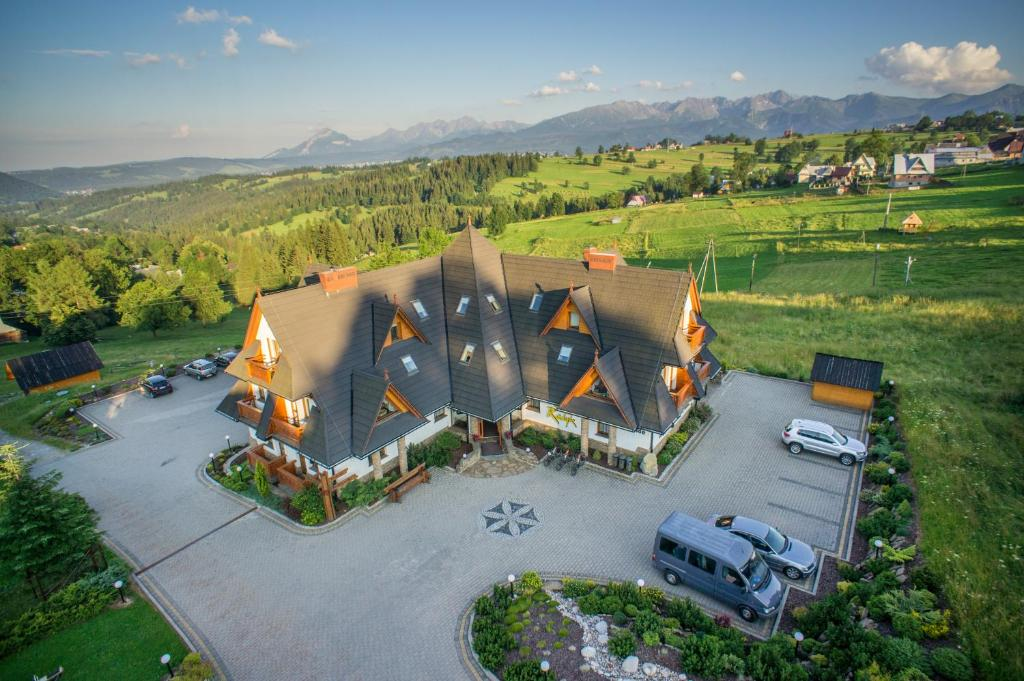 A bird's-eye view of Hotel REDYK Ski&Relax