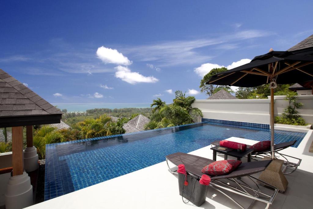 Swimming pool sa o malapit sa The Pavilions, Phuket