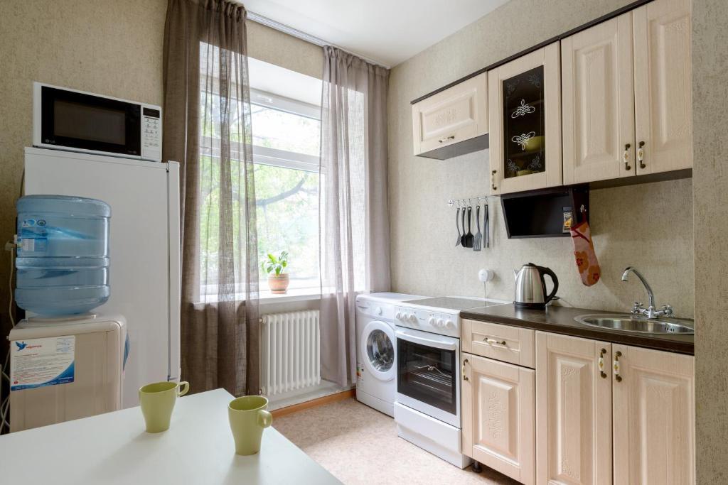 Кухня или мини-кухня в Хостел Вояж