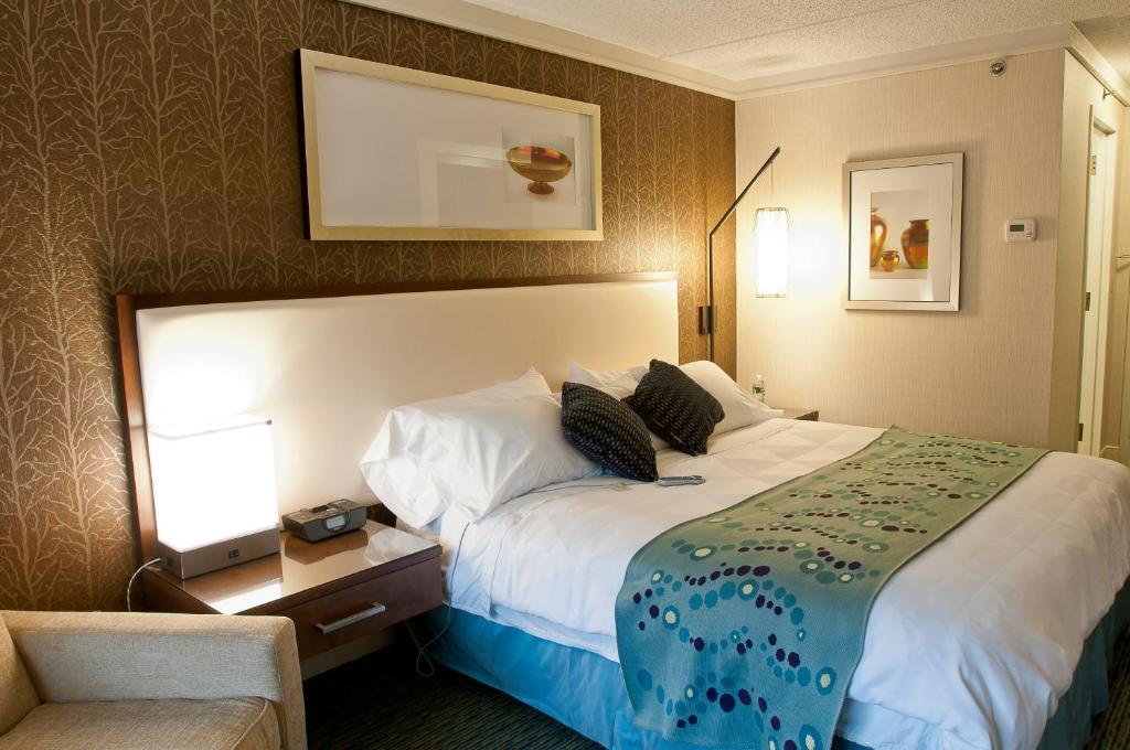 Radisson Hotel Corning
