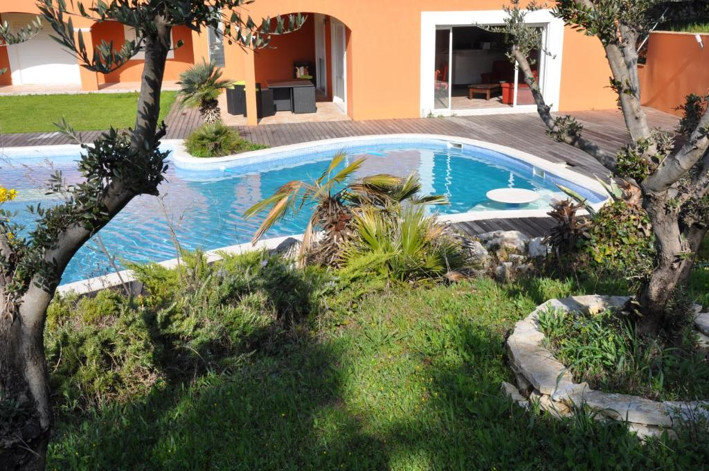 Villa Celia Peypin France Booking Com