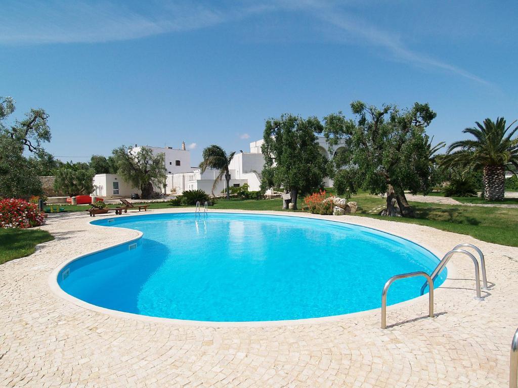 Piscina di Hotel Masseria Tutosa o nelle vicinanze