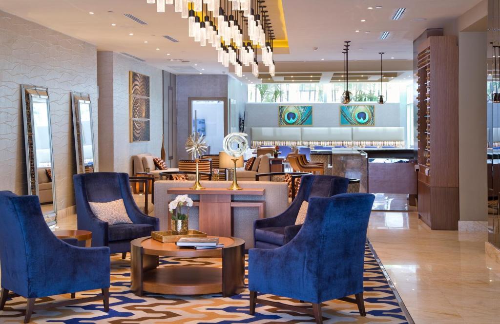 Een restaurant of ander eetgelegenheid bij Global Hotel Panama