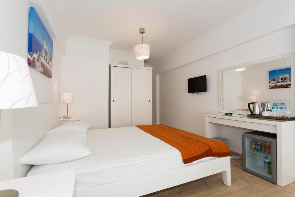 Ayka Hotel