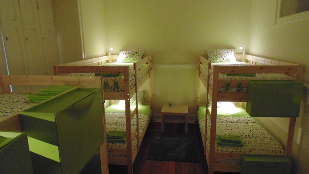 We Love Hostel