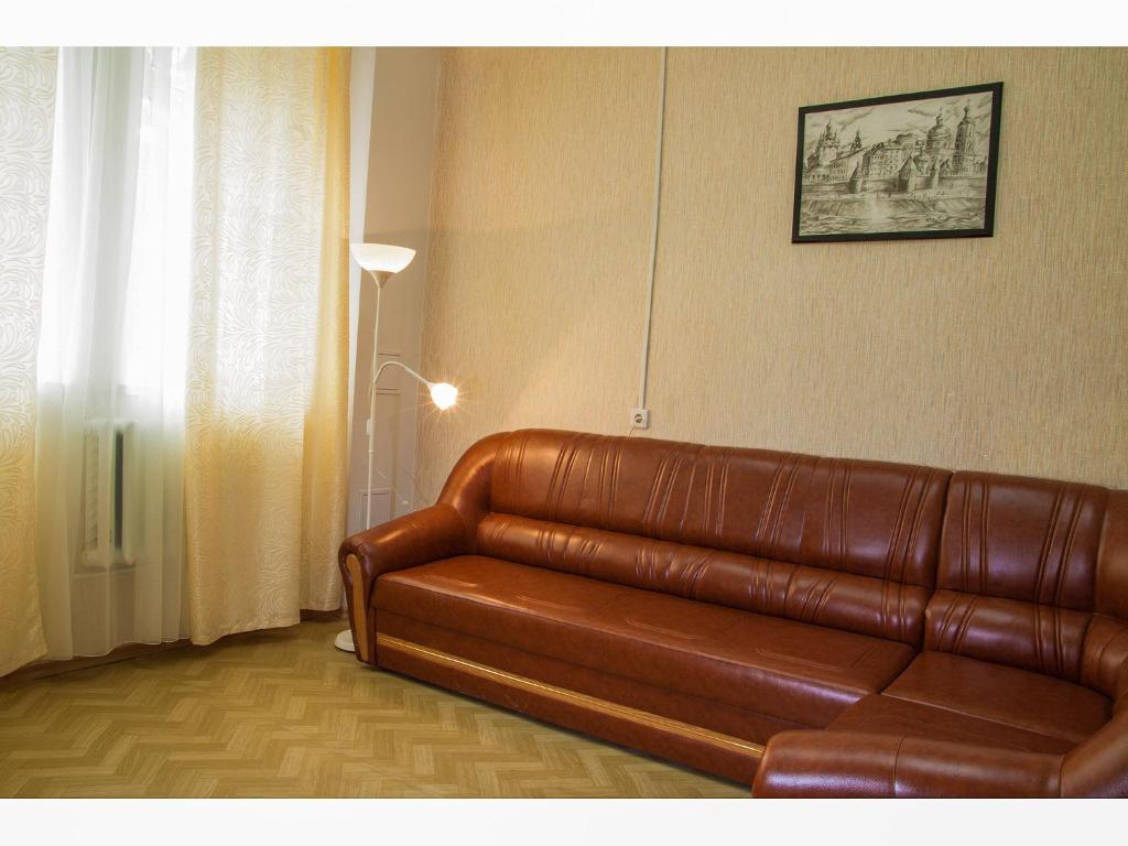 A seating area at Hostel Yoshkin Kot