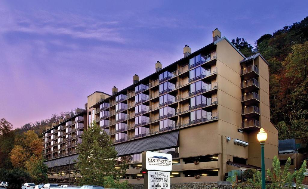 Gatlinburg Tn Hotels >> Edgewater Hotel Conference Center Gatlinburg Tn