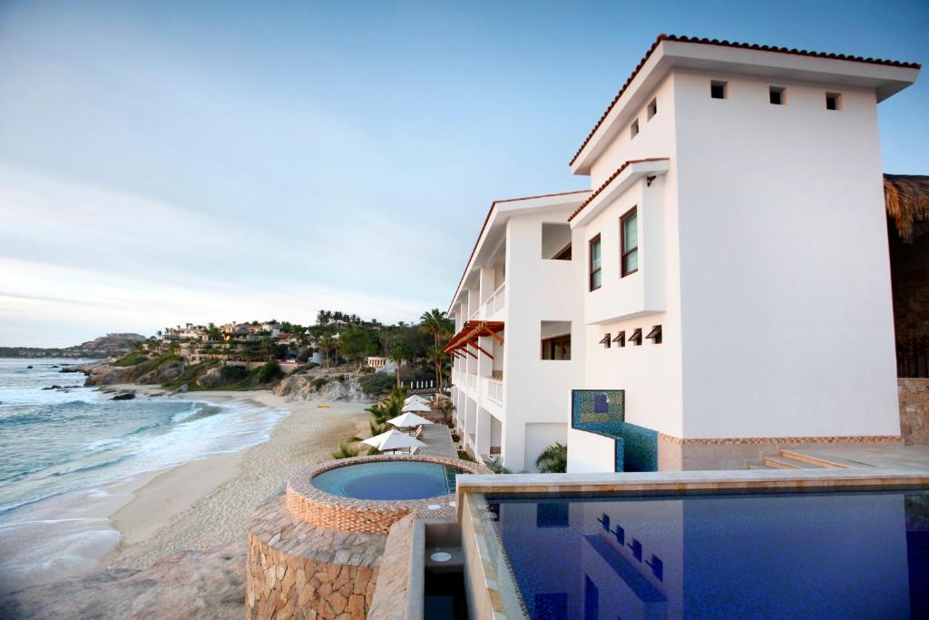 The swimming pool at or near Cabo Surf Hotel