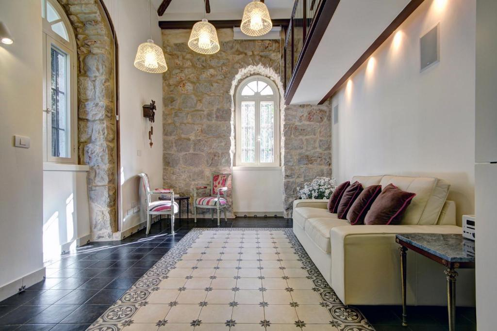 A seating area at Best Location Historic Boutique Apartment