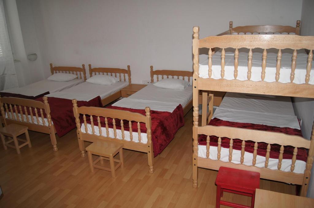 Hostel Diklo