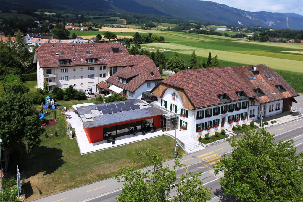 A bird's-eye view of Hotel Urs und Viktor