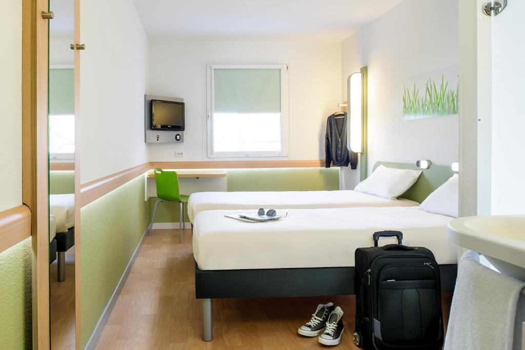 Ein Badezimmer in der Unterkunft ibis budget Hamburg City