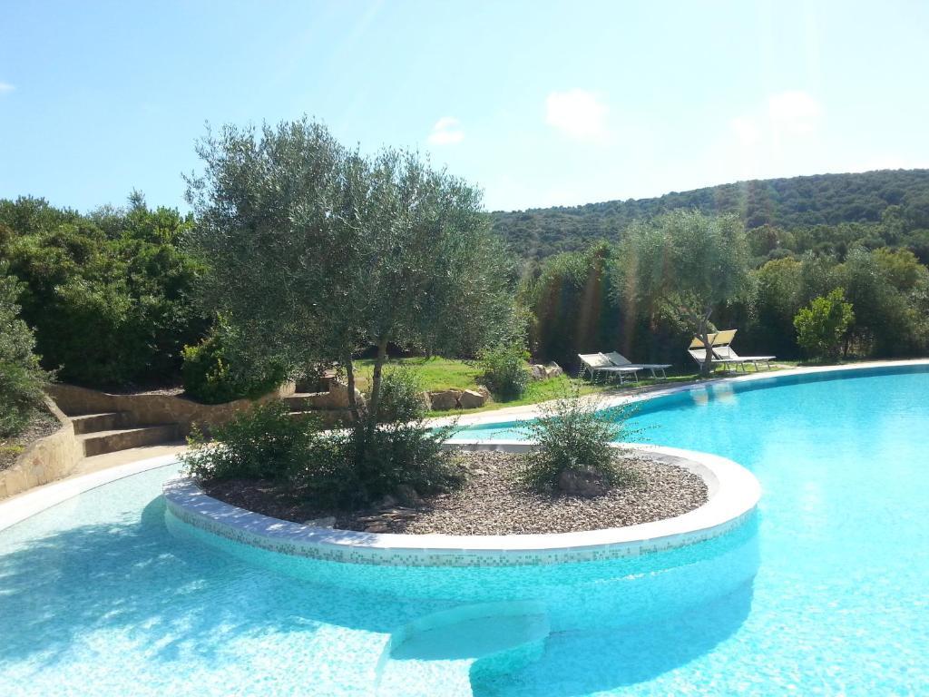 The swimming pool at or near Hotel Giardino Corte Rubja