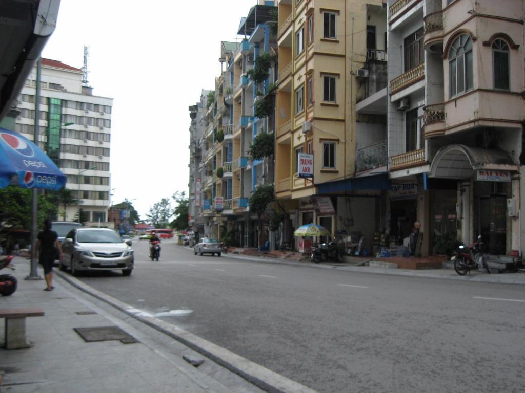 Ho Tay Hotel