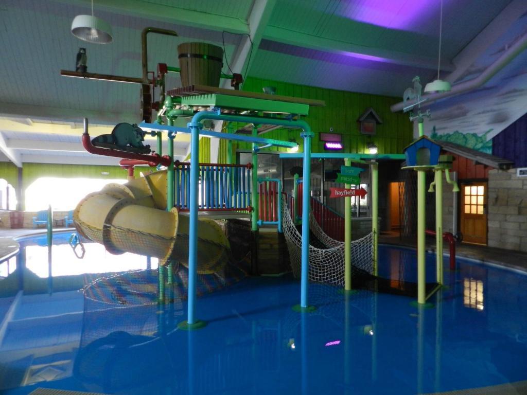 Ramada Williamsburg and Wasserbahn Waterpark