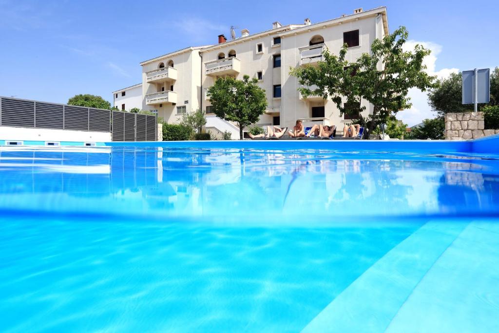 The swimming pool at or close to Hotel Mediteran