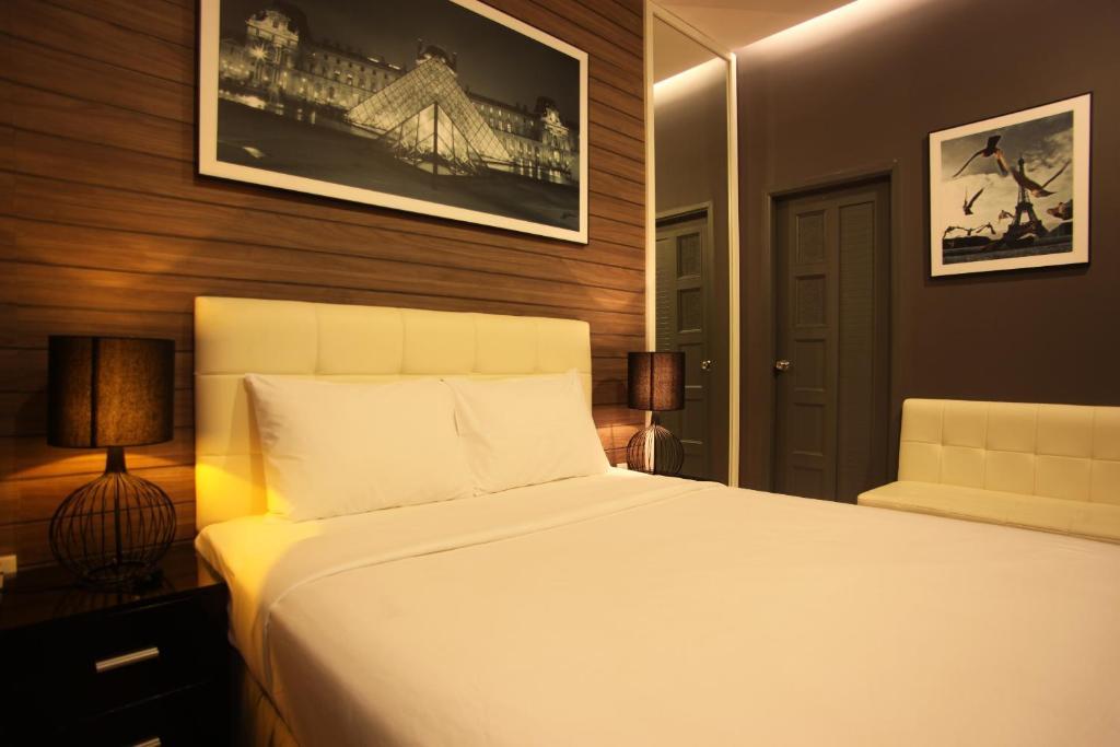 Bliss Hotel