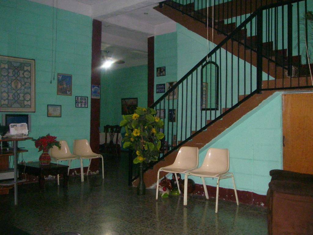 The lobby or reception area at Guesthouse Dos Molinos B&B