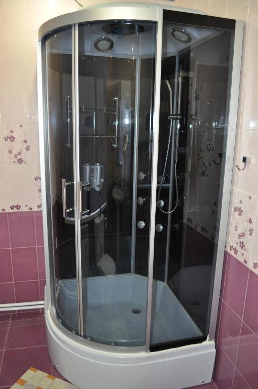 Двухместный номер эконом-класса с 1 кроватью и общей ванной комнатой: фотография номер 4