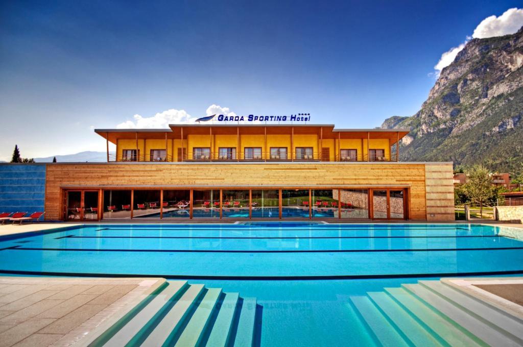 Garda Sporting Club Hotel Riva Del Garda Italy Booking Com