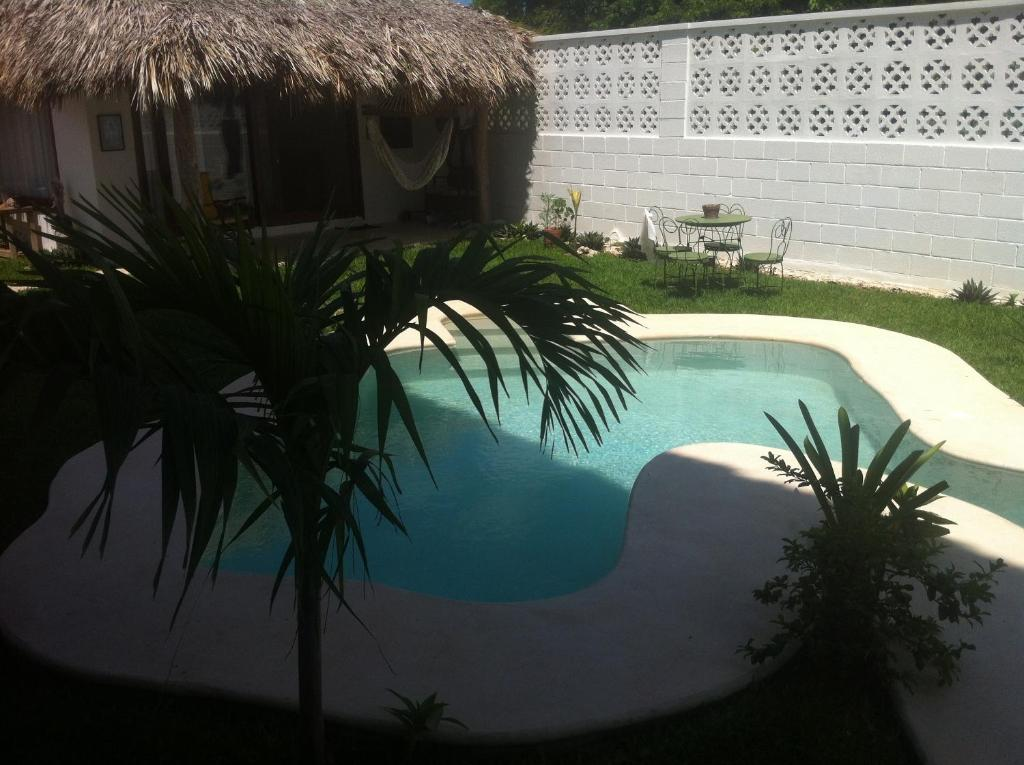 A view of the pool at Hotel Luna de Agua or nearby