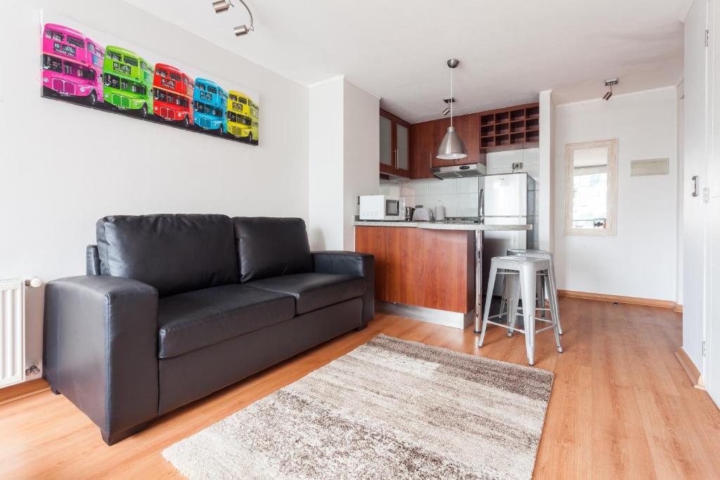 Una cocina o zona de cocina en Livinnest Apartments en Manquehue
