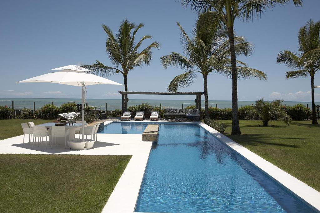 The swimming pool at or near Casa Maitei