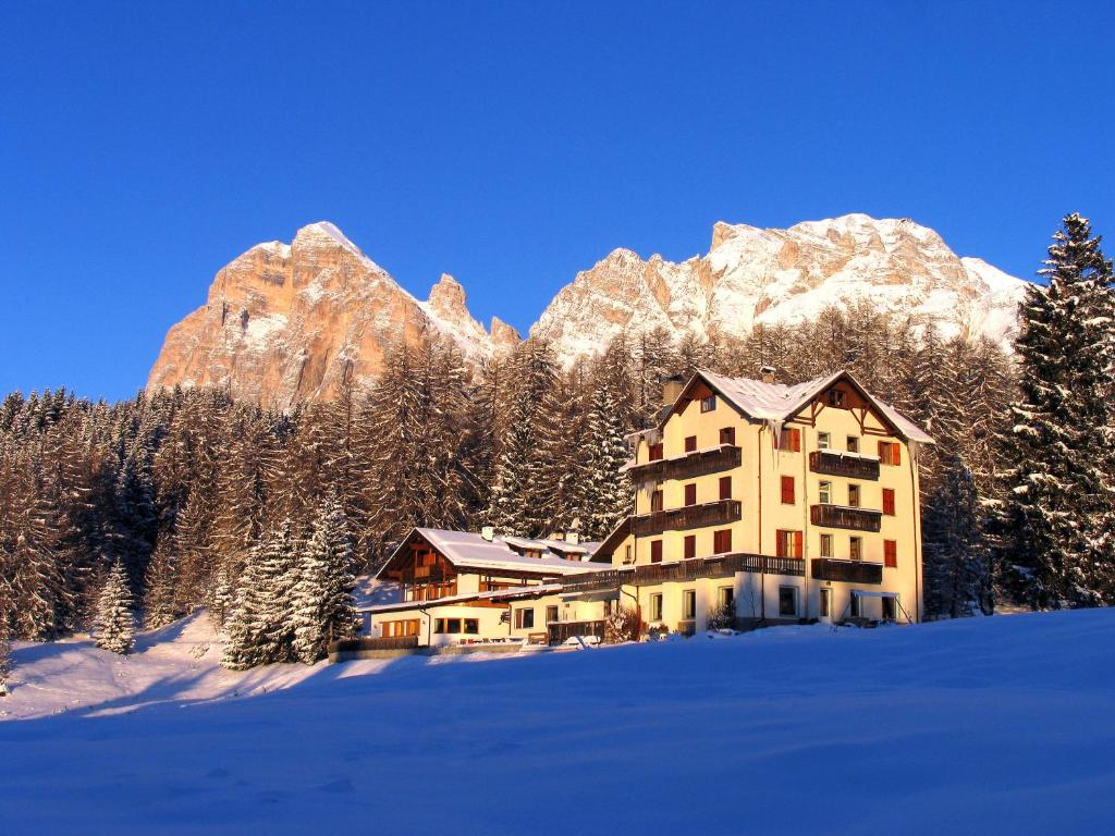 Sport Hotel Pocol during the winter