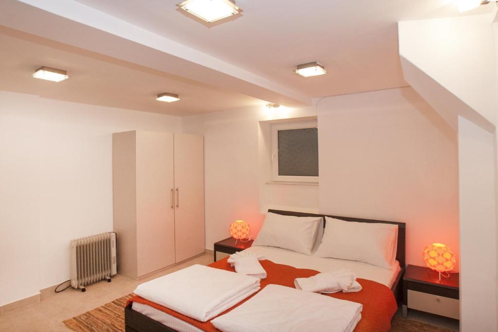 Atelier 1 Apartment