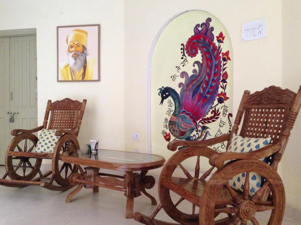 Image result for Granny's Inn varanasi