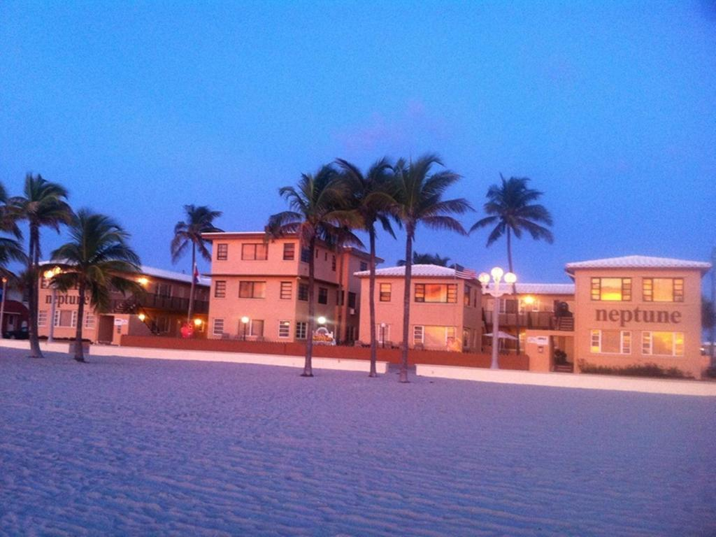 Hotel Neptune Hollywood Beach Fl Booking