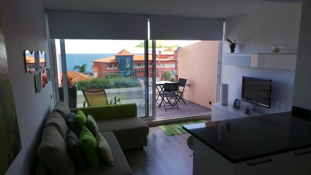 Ventur Balcony