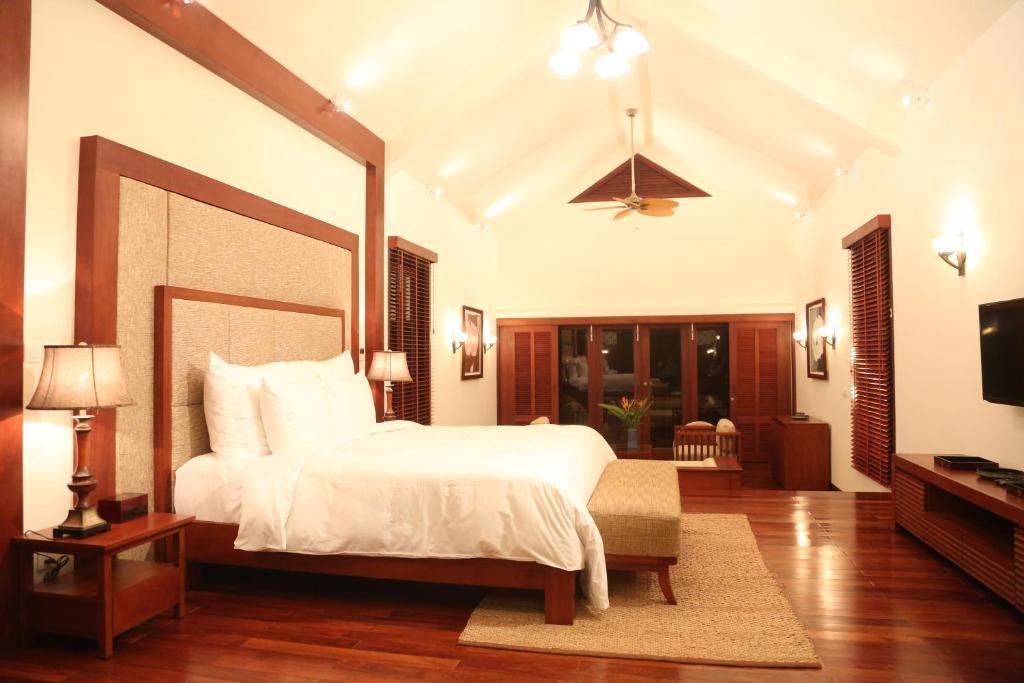 Golden Lotus D6 Diamond Villa Danang