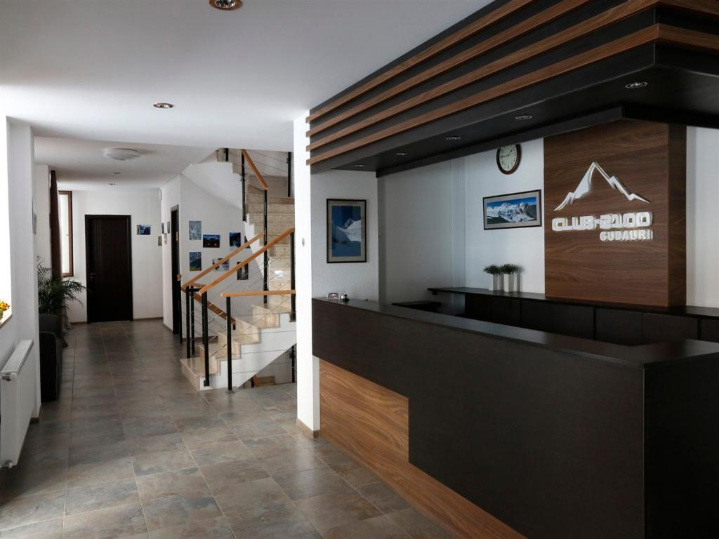 The lobby or reception area at Hotel Club-2100