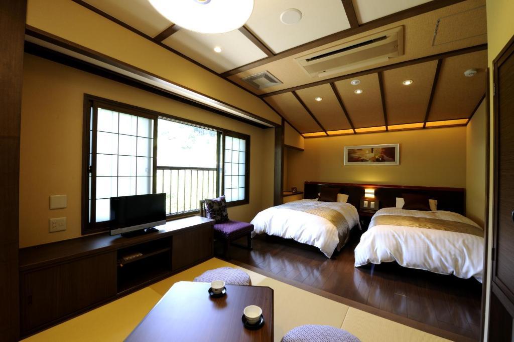 魚津 旅館