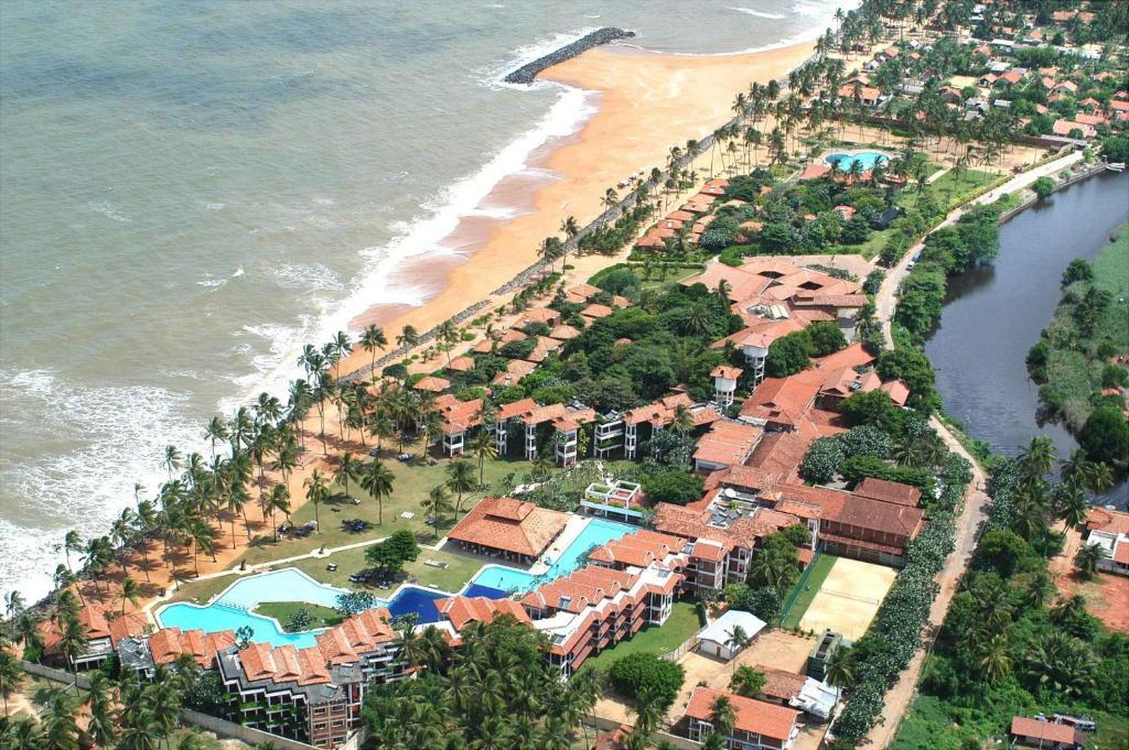Club Hotel Dolphin з висоти пташиного польоту