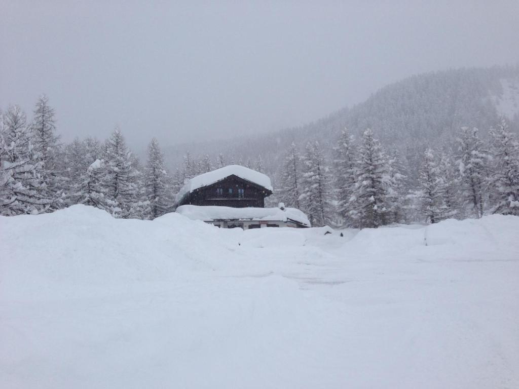 L'établissement Hotel Miravalle en hiver