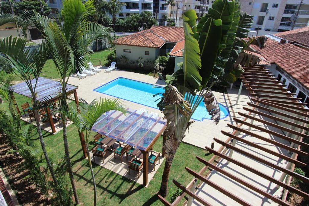 A view of the pool at Hotel Ilhas do Caribe or nearby