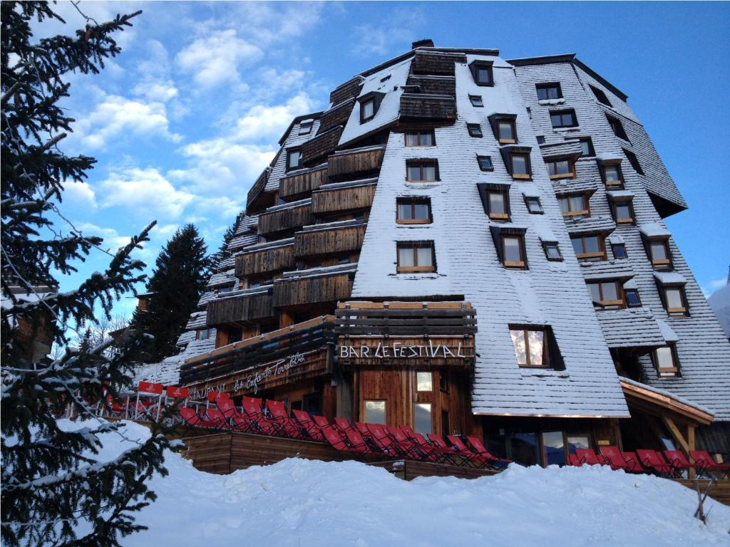 Hotel des Dromonts during the winter